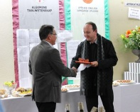 Tobie_van_Dyk_presents_Festchschrift_to_Albert_Weideman
